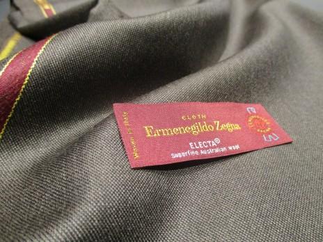 ゼニアの人気コレクション スーツ生地 エレクタのグレー生地