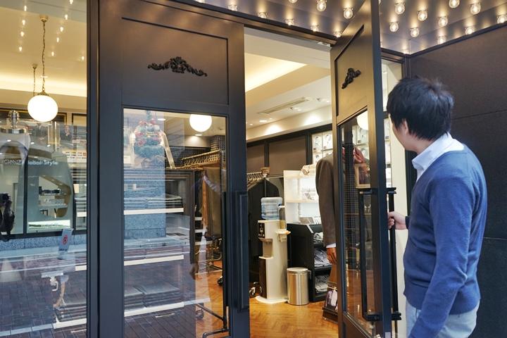 お店はオープンで入りやすい雰囲気