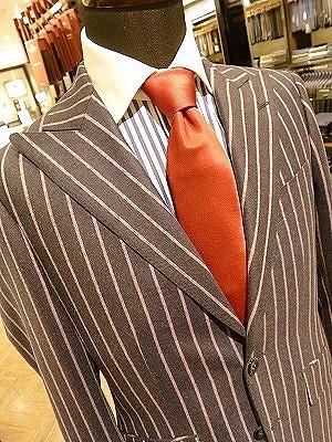 生地の種類 チョークストライプ フラノ生地のスーツ