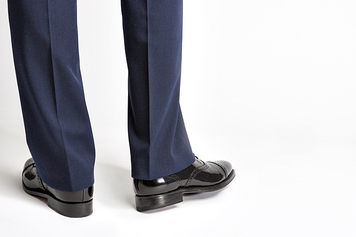 スーツの足元/清潔感