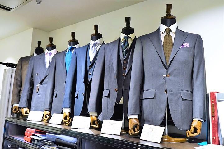 Suit model201704137