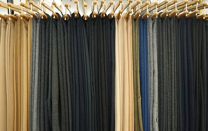 Suit model201704138