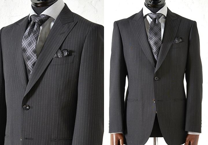 ストライプ柄のブラックスーツスタイル