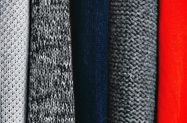 ニットとセーターの違い