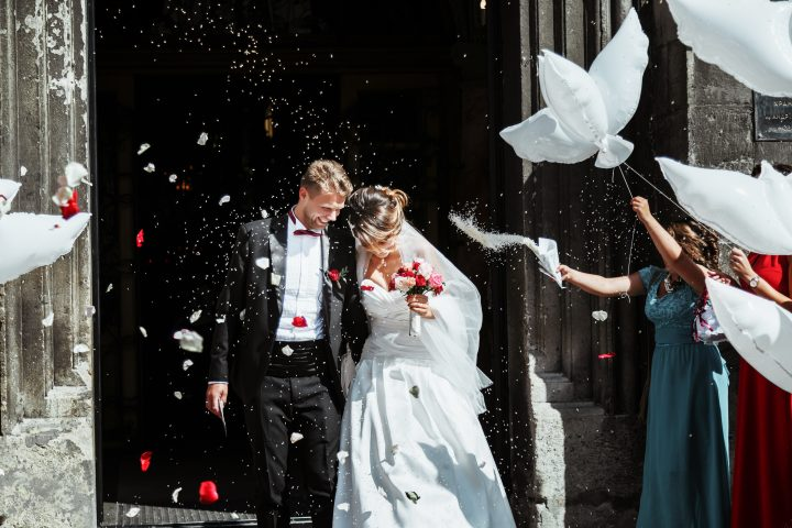 結婚式でのウィングカラーシャツ