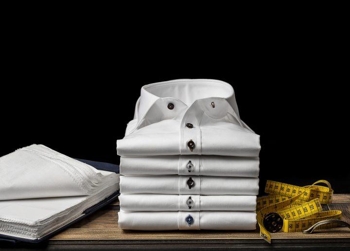 スーツに合わせたいシャツ