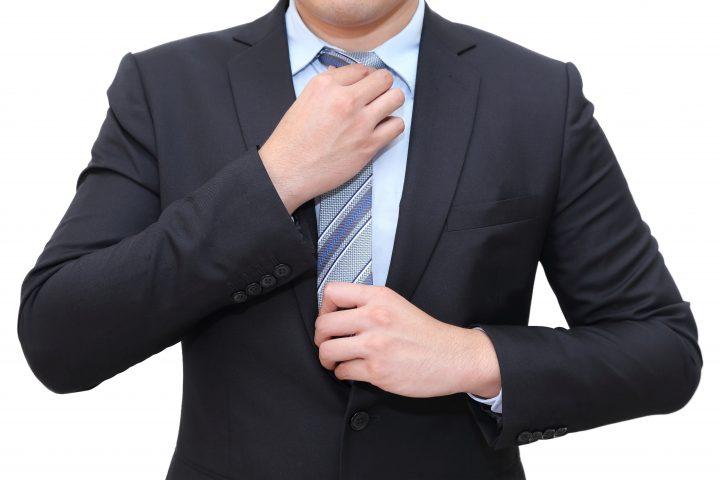 リクルートスーツのネクタイ