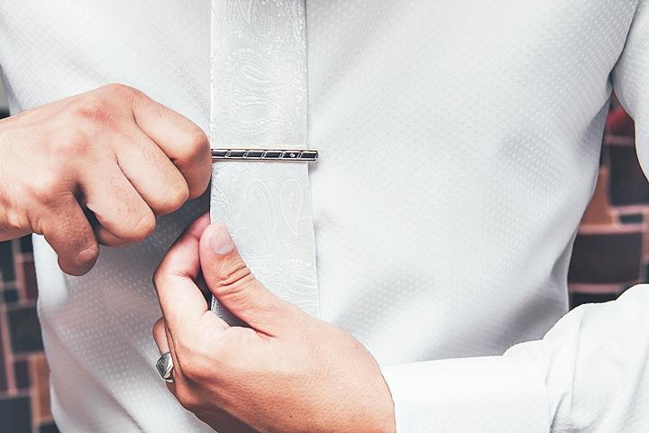 結婚式のスーツ ネクタイ ネクタイピン