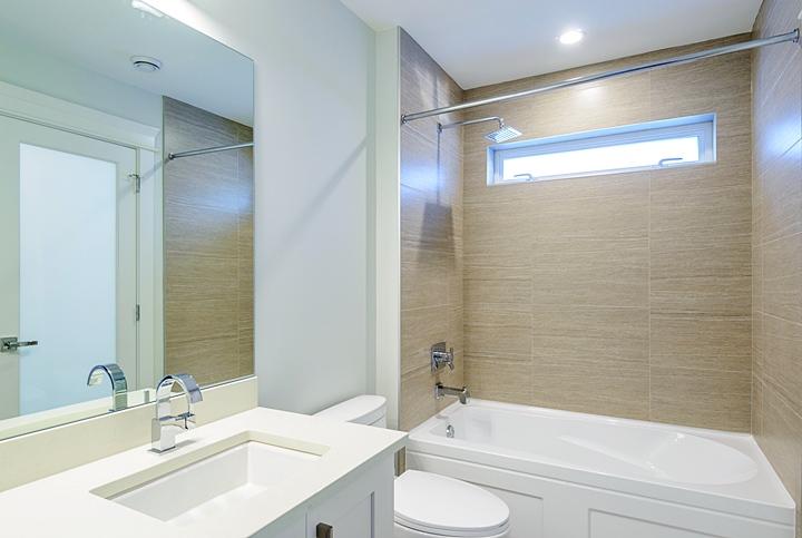 スーツの持ち運び,浴室の蒸気を使用