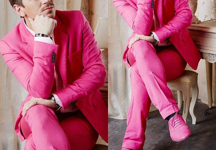ピンクスーツ,個性的なスタイル,結婚式,パーティー